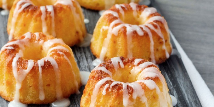 Lemon-lime miniature bundt pound cakes (0102)