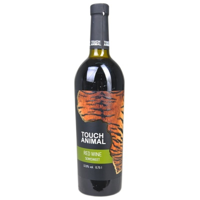 Touch Animal Red Wine Semysweet 750ml
