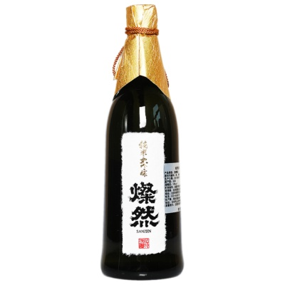 Sanzen Pure Rice Sake 720ml