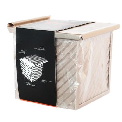金色水立方不粘波纹吐司盒 11.5*11.4*10.6cm