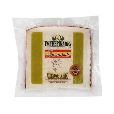 Entrepinares Goat Milk Cheese Semicured 150g
