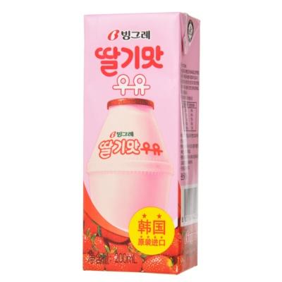 Binggrae Strawberry Flovour Milk Drink 200ml