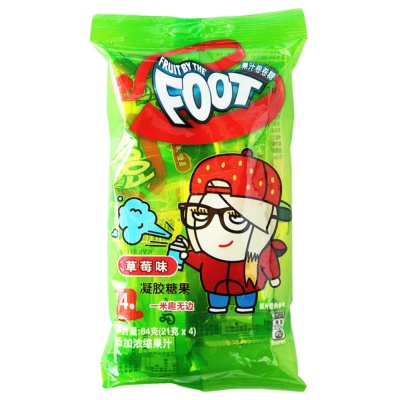 Fruit By The Foot Juice Candy Strawberry Flavor 84g