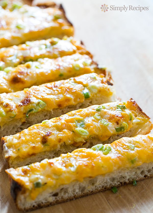 Cheesy Bread (0025)