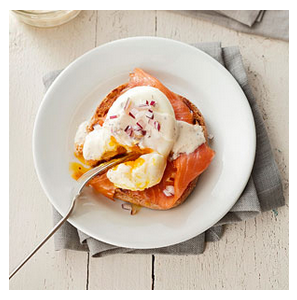 Smoked Salmon Eggs Benedict (0064)