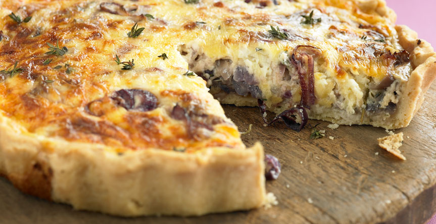 Caramelised Red Onion Tart with Vincent cheese (0098)
