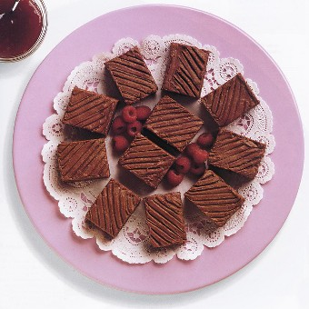 Chocolate-raspberry brownies (0099)