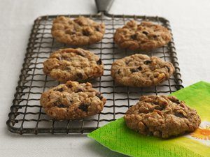Whole Grain Chocolate Chip Cookies (0105)
