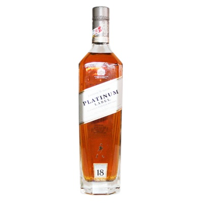 Johnnie Walker Platinum Label Blended Scotch Whisky (Aged 18 Years) 700ml