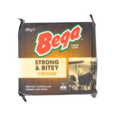 Bega Strong & Bitey (Vintage) 250g